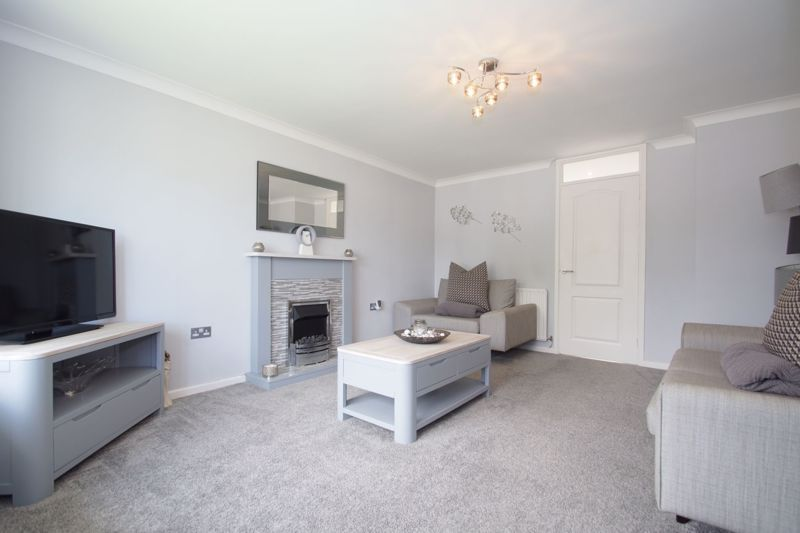 3 bed house for sale in Berrington Close 7