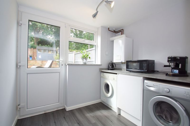 3 bed house for sale in Berrington Close 8
