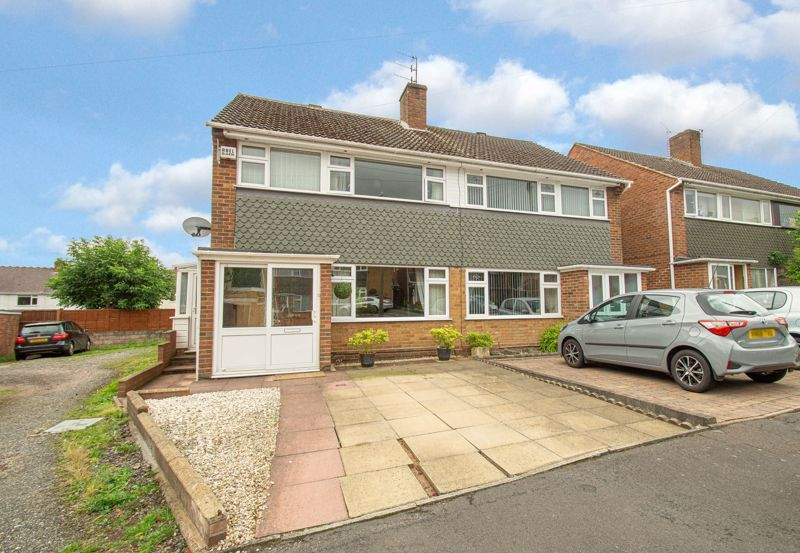3 bed house for sale in Whitney Avenue 1