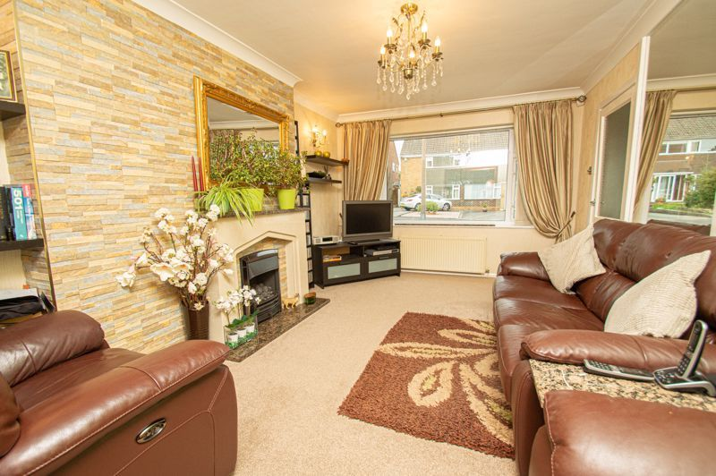 3 bed house for sale in Whitney Avenue 2