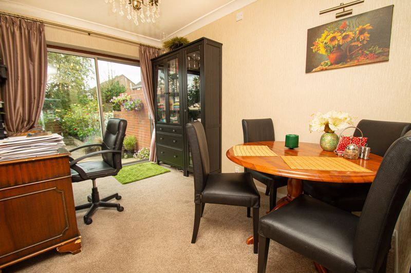 3 bed house for sale in Whitney Avenue 4