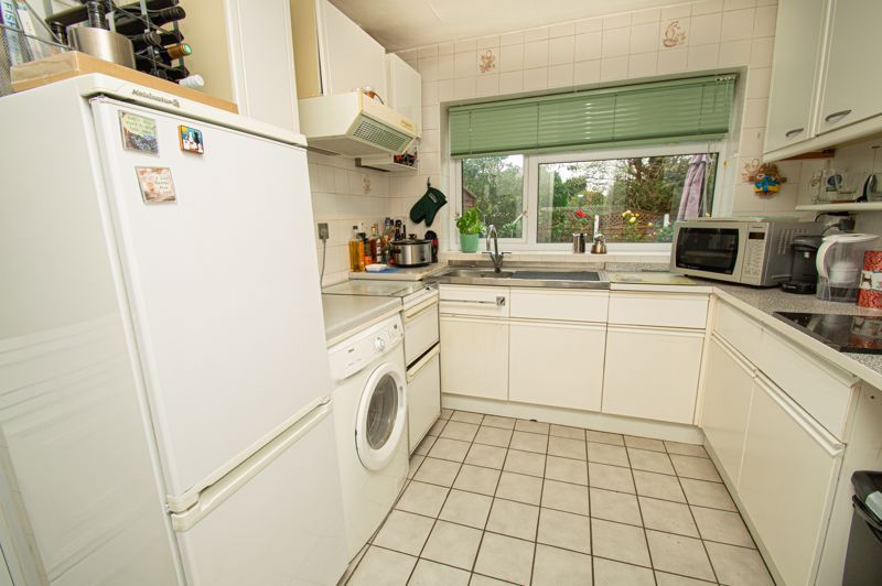 3 bed house for sale in Whitney Avenue 5
