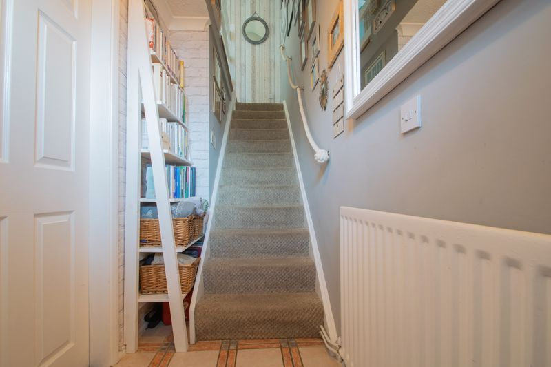 3 bed house for sale in Ravensitch Walk 3