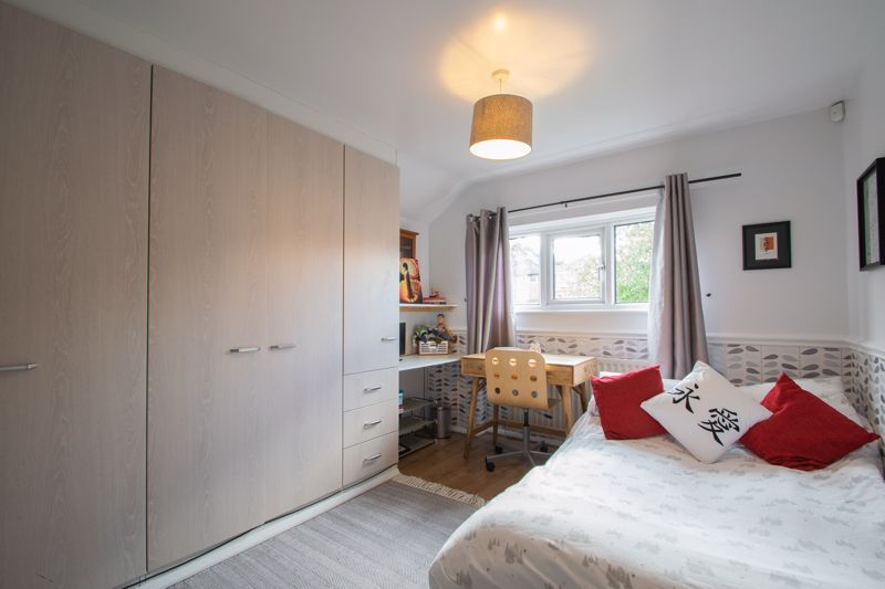 3 bed house for sale in Ravensitch Walk  - Property Image 9