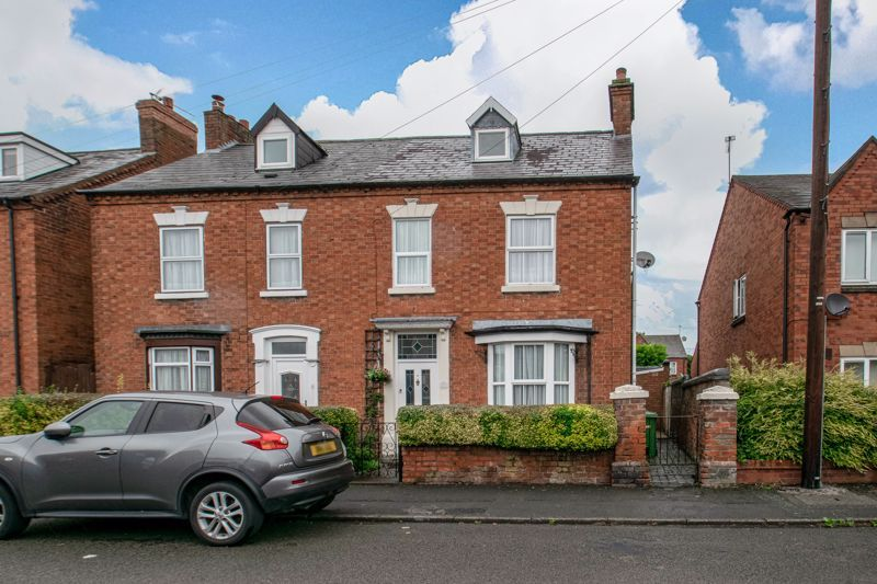 3 bed house for sale in Church Street  - Property Image 1