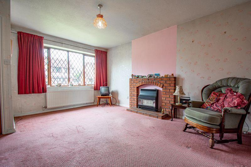 3 bed house for sale in Avon Close 2