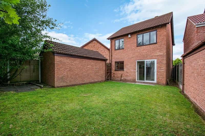 3 bed house for sale in Avon Close 12