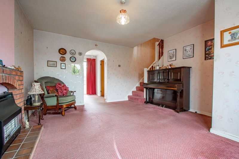3 bed house for sale in Avon Close 3