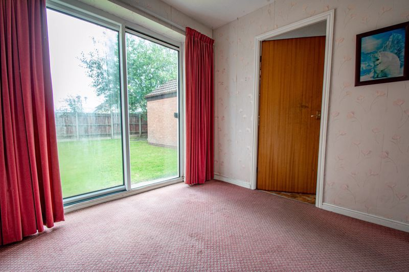 3 bed house for sale in Avon Close 4