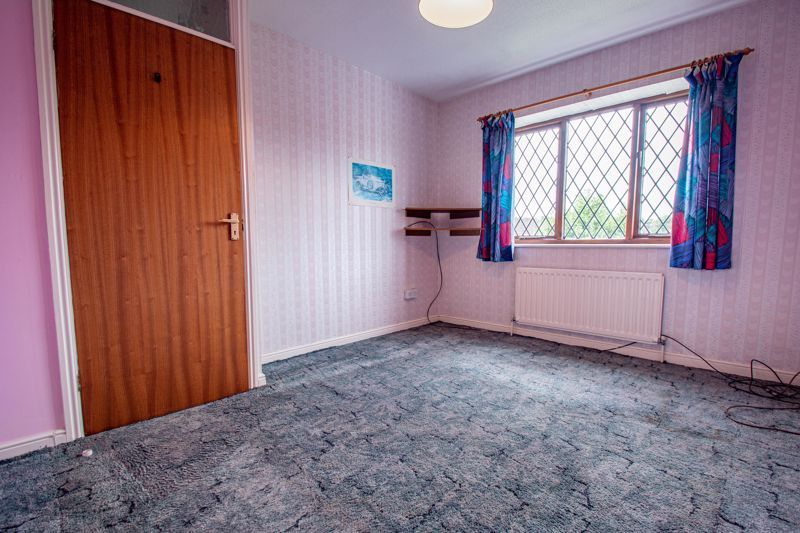 3 bed house for sale in Avon Close 9