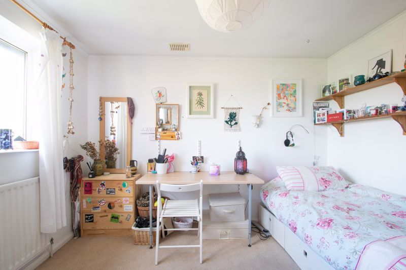 3 bed house for sale in Mount Road  - Property Image 11