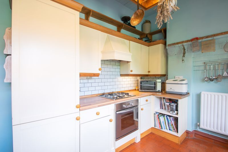 3 bed house for sale in Mount Road  - Property Image 18