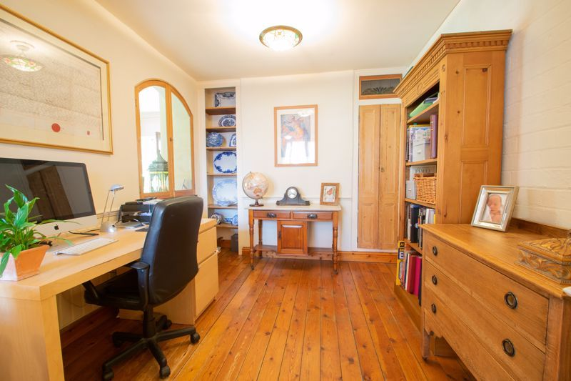 3 bed house for sale in Mount Road  - Property Image 4