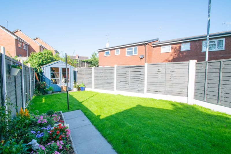 2 bed house for sale in Halesowen Road 12