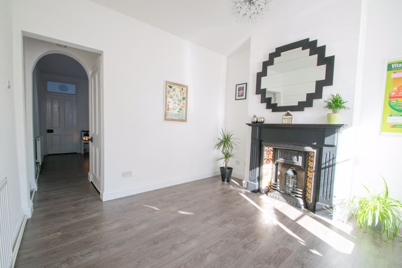 2 bed house for sale in Halesowen Road 14
