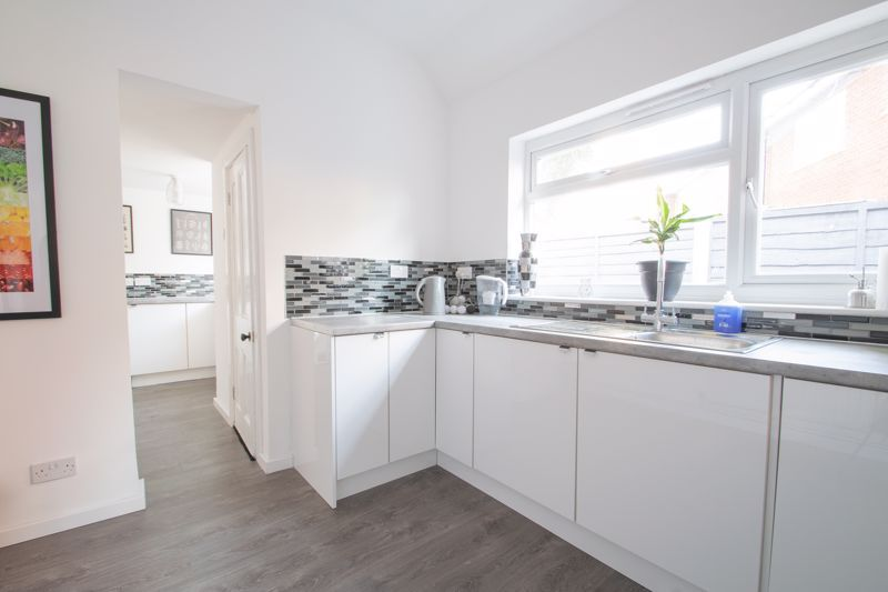 2 bed house for sale in Halesowen Road 15