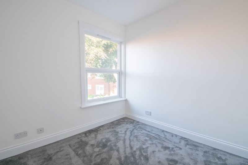 2 bed house for sale in Halesowen Road 7