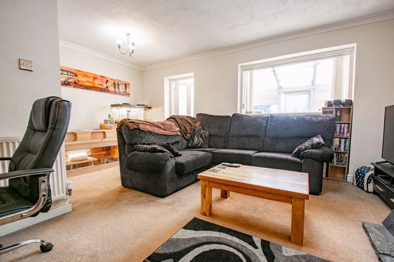 3 bed house for sale in Byland Close 2