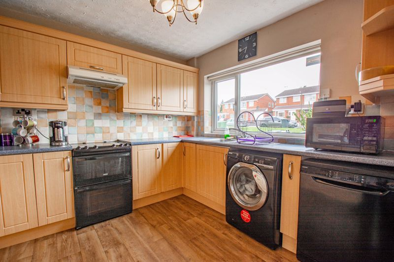 3 bed house for sale in Byland Close 5