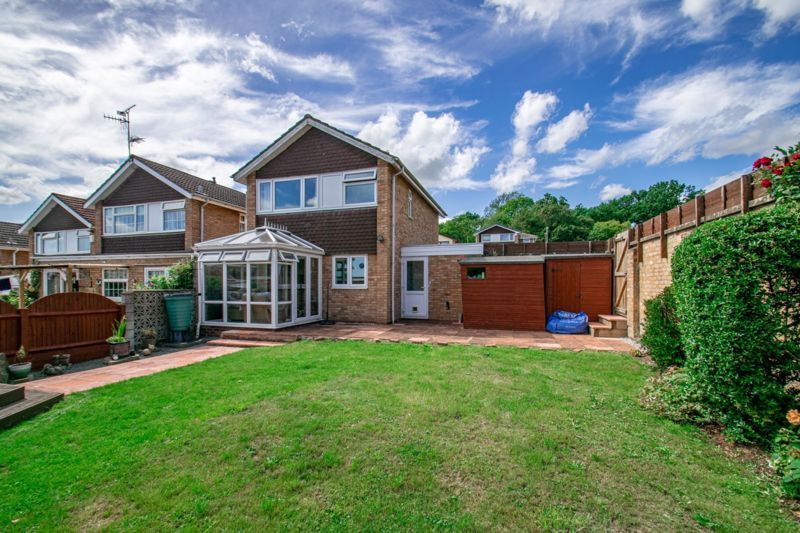 3 bed house for sale in Salford Close 14