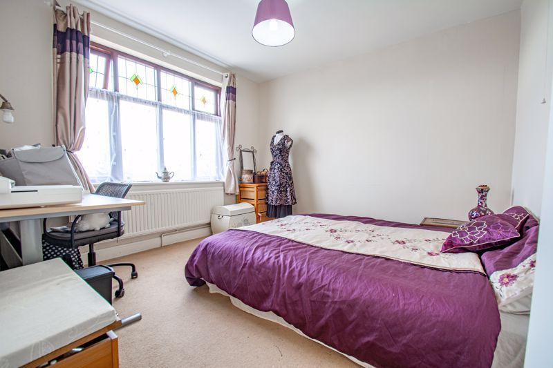3 bed house for sale in St. Kenelms Road  - Property Image 11