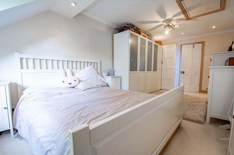 3 bed house for sale in St. Kenelms Road  - Property Image 17