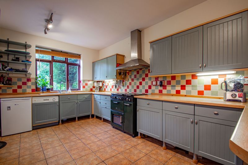 3 bed house for sale in St. Kenelms Road  - Property Image 4