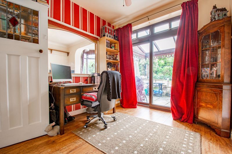 3 bed house for sale in St. Kenelms Road 6