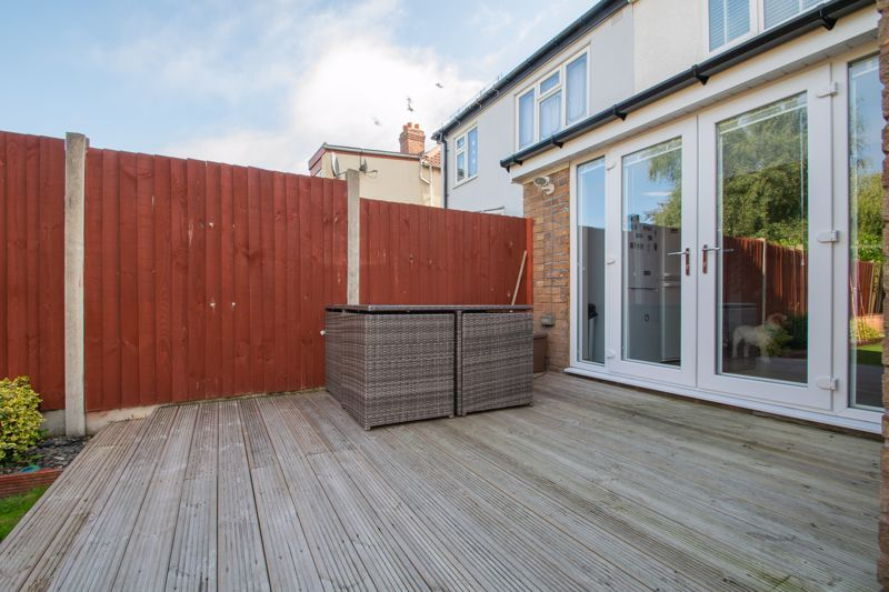3 bed house for sale in Perry Hill Road 11