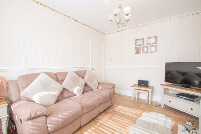 3 bed house for sale in Perry Hill Road 14