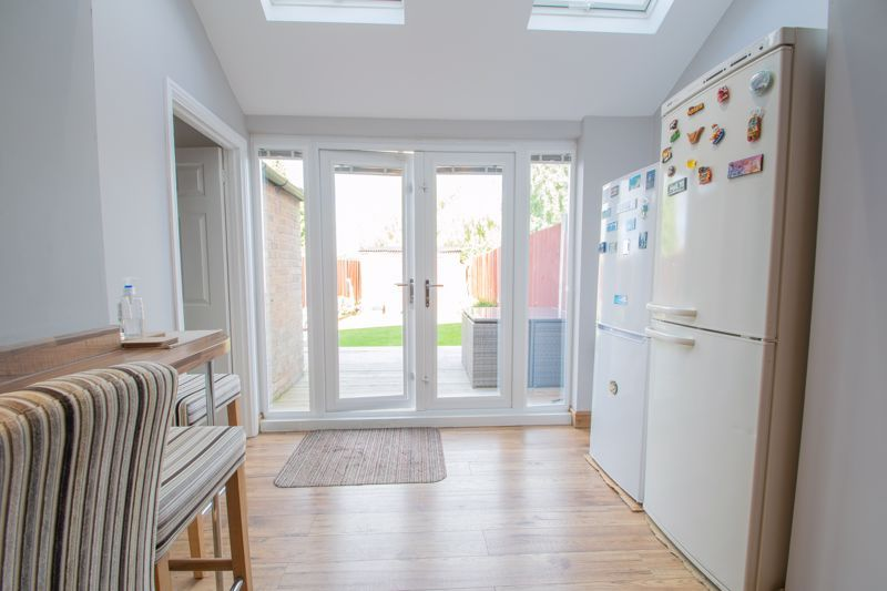 3 bed house for sale in Perry Hill Road 17