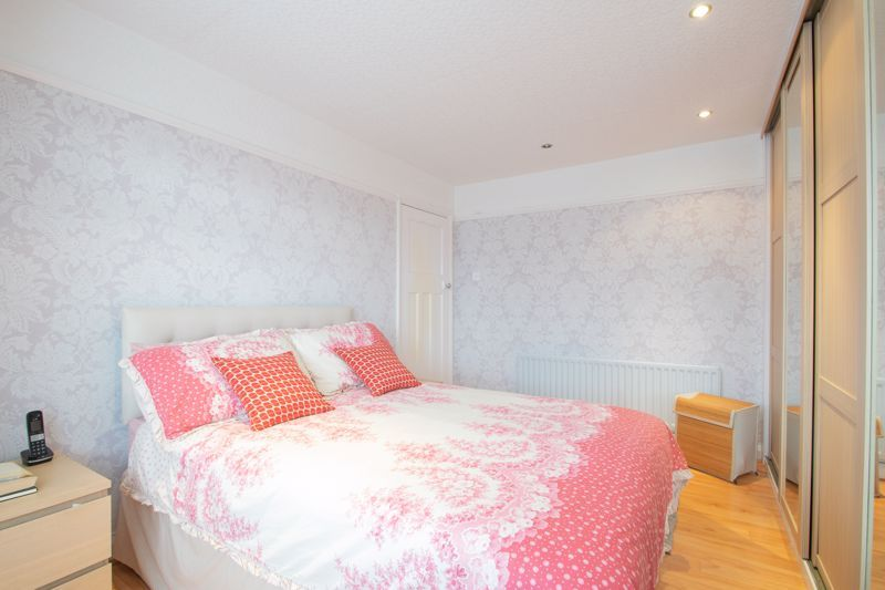 3 bed house for sale in Perry Hill Road 18