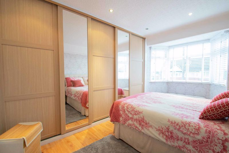 3 bed house for sale in Perry Hill Road 7