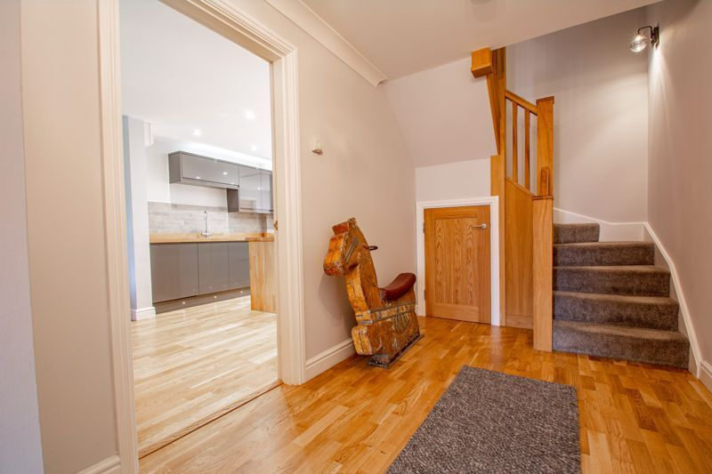 4 bed house for sale in Railway Walk 18