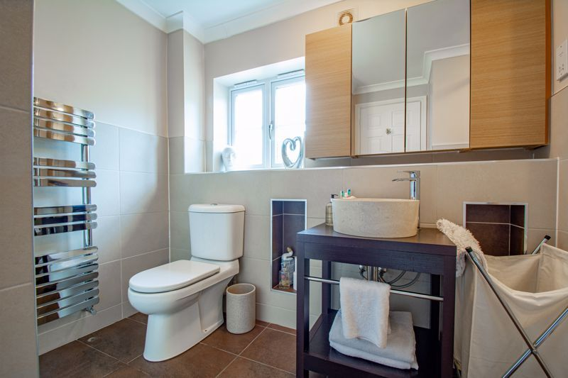 4 bed house for sale in Railway Walk 20