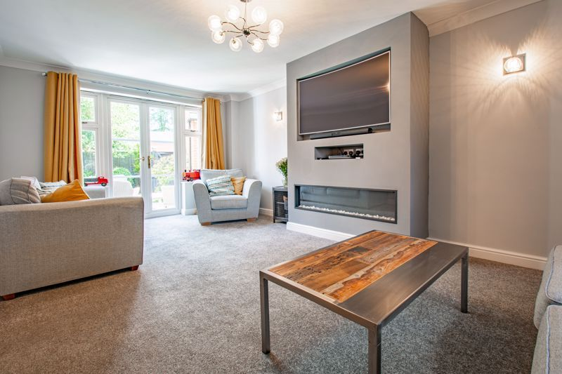 4 bed house for sale in Railway Walk  - Property Image 5