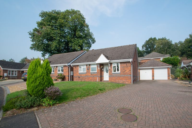 2 bed bungalow for sale in Lords Lane 1