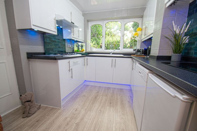 3 bed house for sale in Redstone Close  - Property Image 2