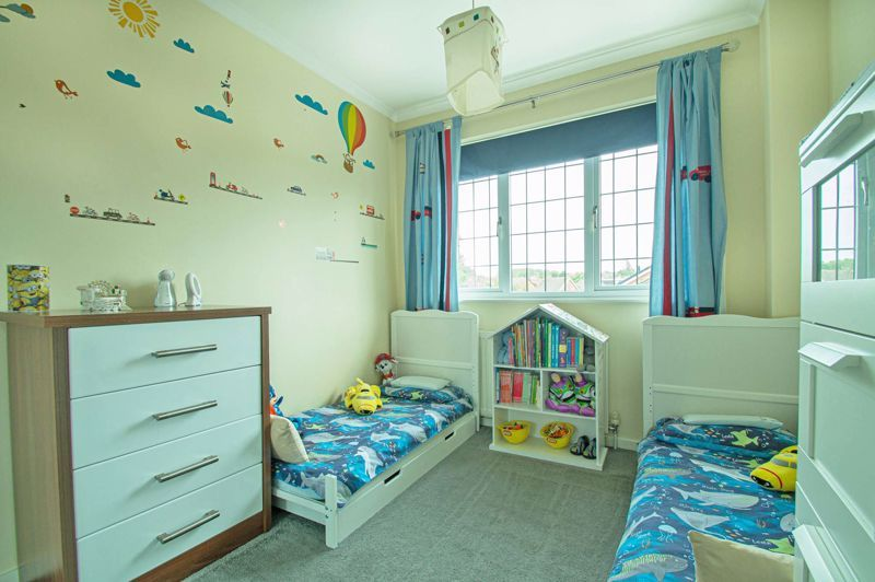 3 bed house for sale in Maisemore Close 15