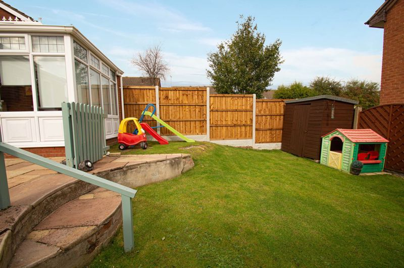 3 bed house for sale in Maisemore Close 19