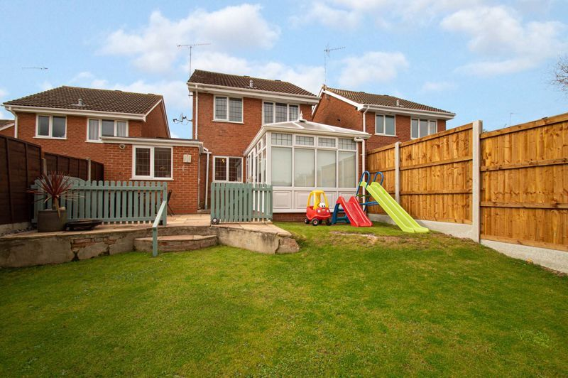3 bed house for sale in Maisemore Close 20