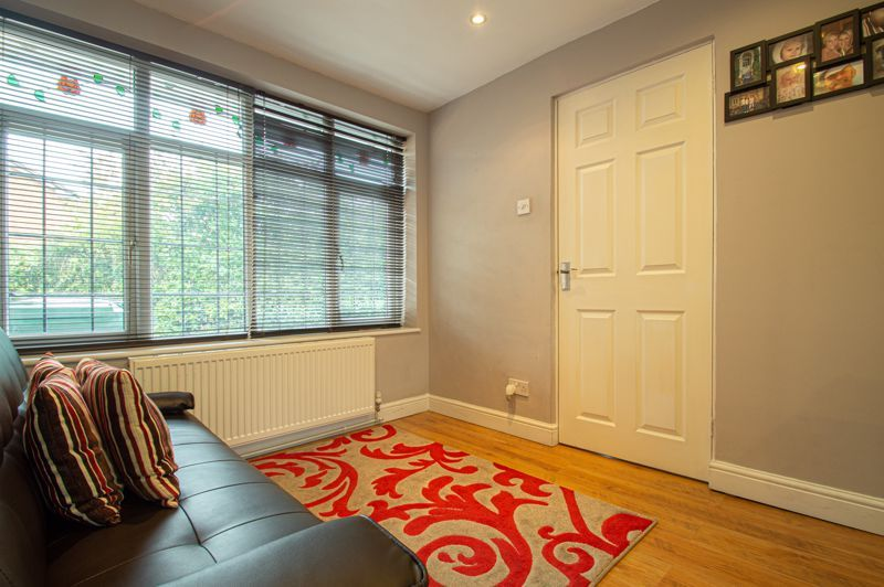 3 bed house for sale in Maisemore Close 4