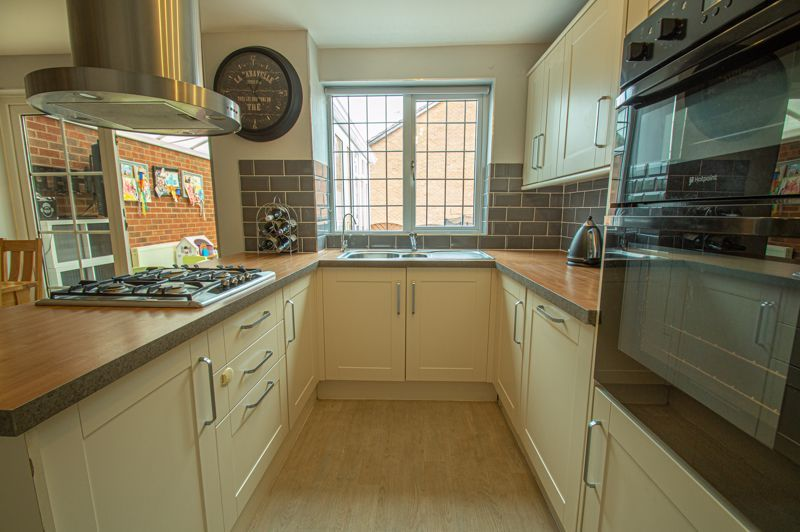 3 bed house for sale in Maisemore Close  - Property Image 7
