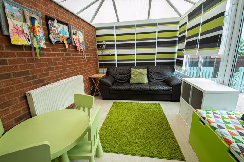 3 bed house for sale in Maisemore Close 10