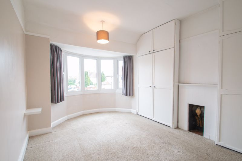 4 bed house for sale in Parkfield Road 6