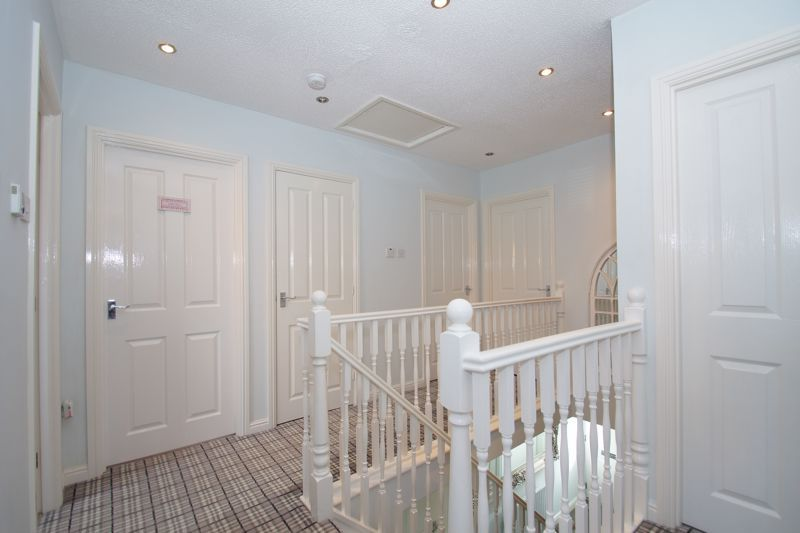 4 bed house for sale in Foxholes Lane 18
