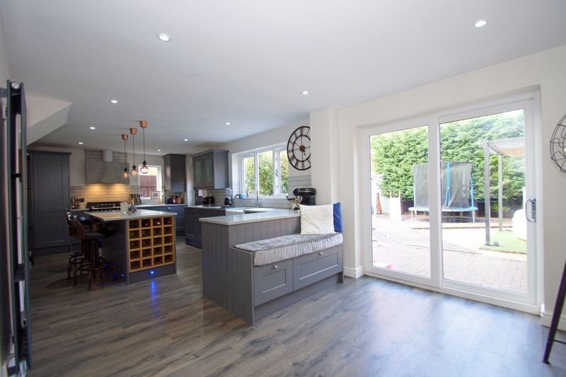 4 bed house for sale in Foxholes Lane 4