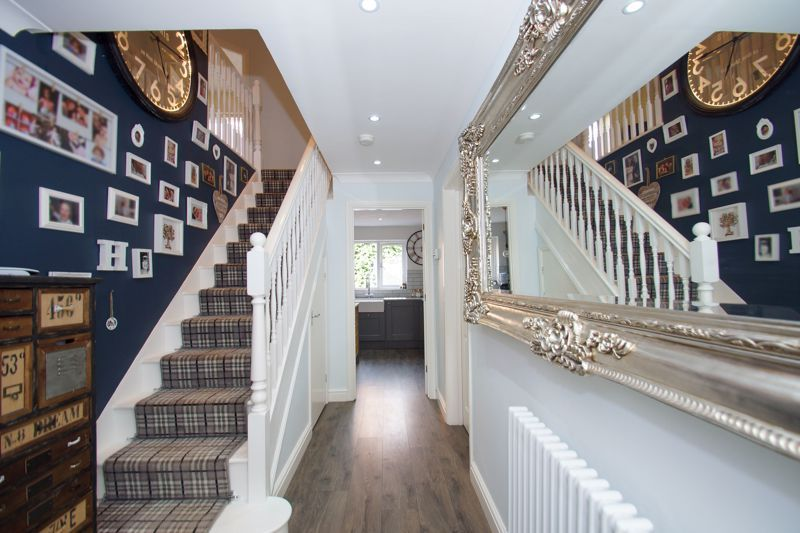 4 bed house for sale in Foxholes Lane 10