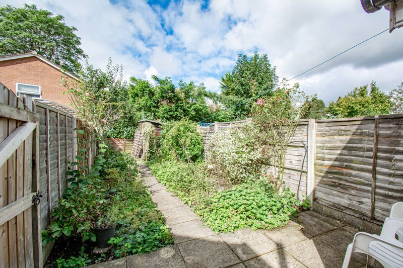 2 bed house for sale in Brook Road 13