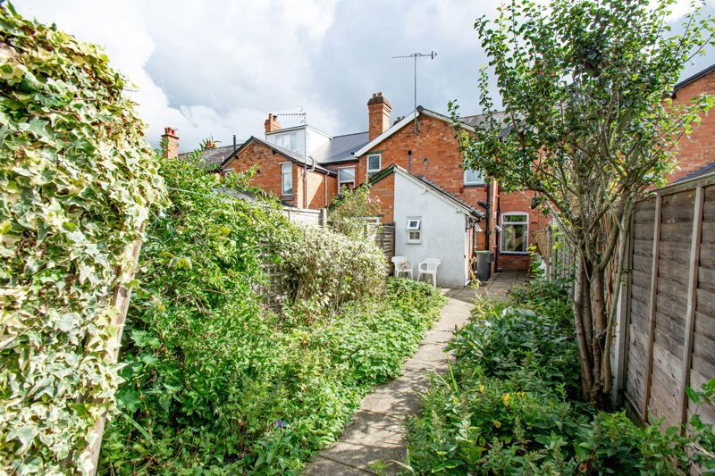 2 bed house for sale in Brook Road  - Property Image 15